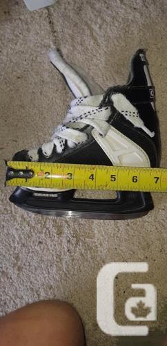 CCM Tacks - SL 2500 Skates. Junior Skates