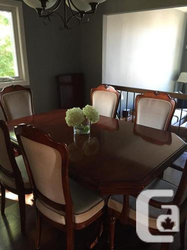 Cherry Wood 10 piece traditional dining room furniture-
