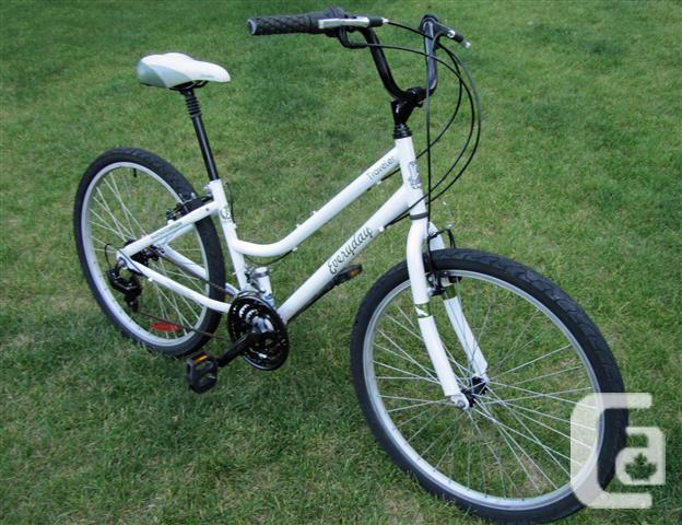 City Bike ~ Everyday Traveler