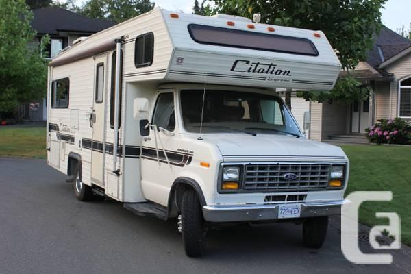 Class C 1988 Ford-24' Motorhome - $9000