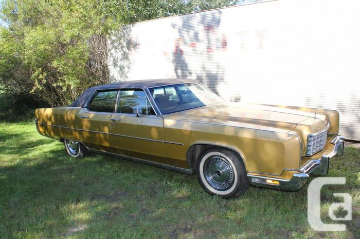 Classic 1973 Lincoln Continental