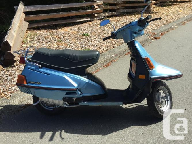 Classic Yamaha Riva 180cc scooter in Crofton, British Columbia for sale