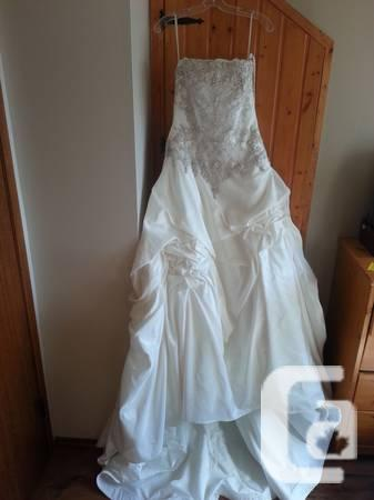 Completely New Jai Worldwide Wedding Gown Size 8-12 - 0