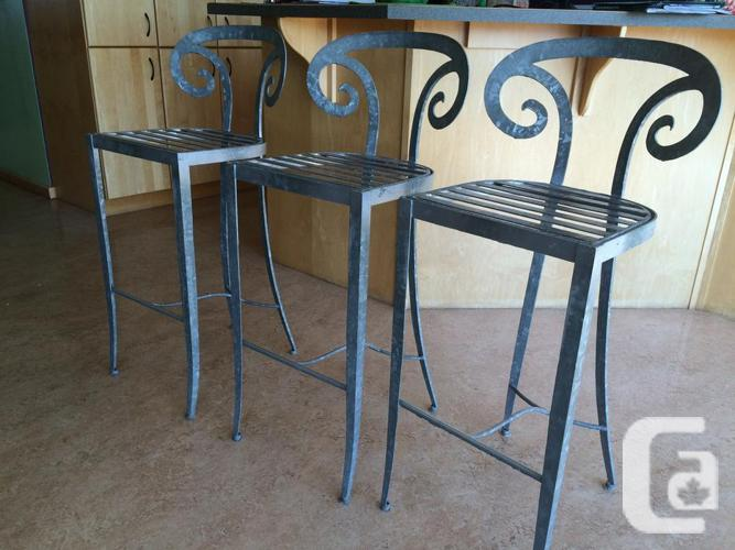 Cool Metal Chairs for Kitchen Island