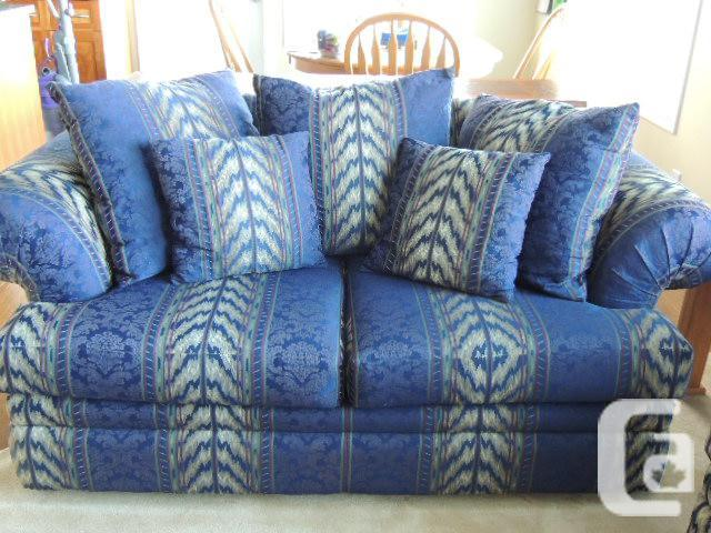 Couch Love Seat Over Sized Chair Set For Sale In