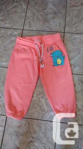 Cute Orange Capris from Bluenotes - Size Medium