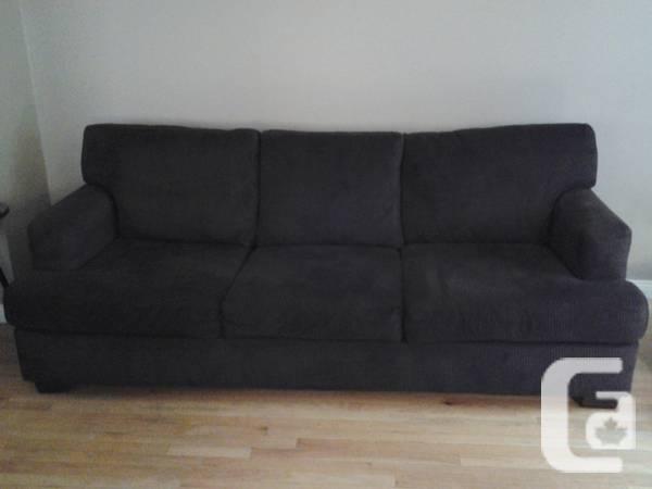 Dark Brown Sofa for sale in Brampton Ontario  : dark brown sofa 1758734934 from brampton.canadianlisted.com size 600 x 450 jpeg 16kB
