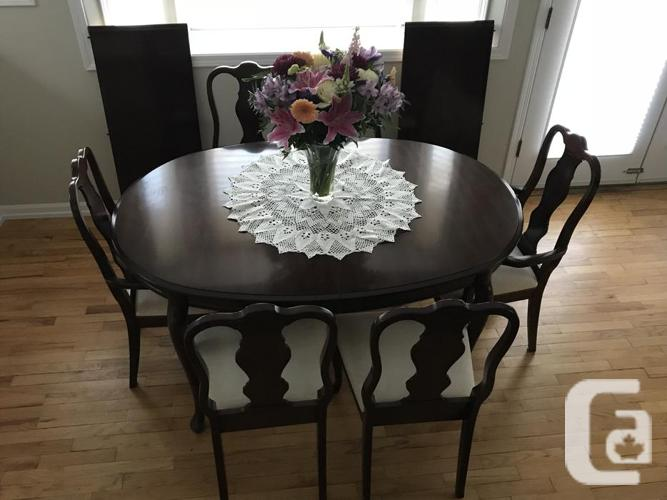 Deilcraft Dining Room Table And 6 Chairs