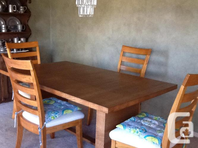 dining room set for sale for sale in crofton british columbia