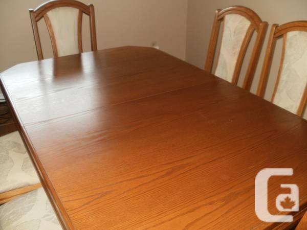 DINING Room TABLE - $295