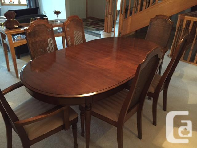 Dining Table Chairs China Cabinet Good Condition