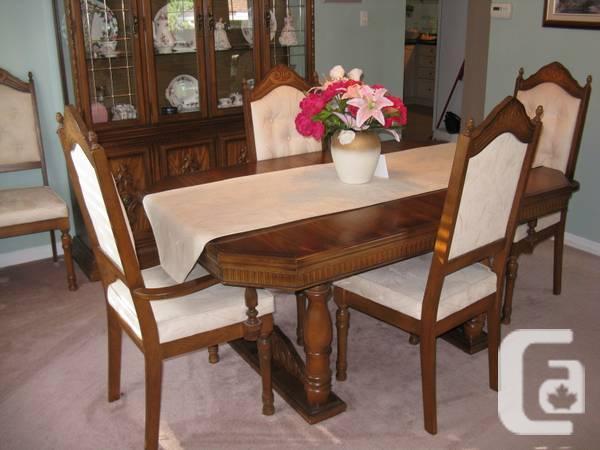 Dinning Room Set - $1295