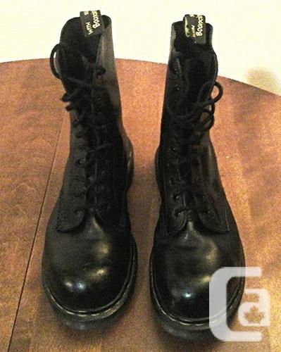 Dr Martens Original 1460 Black Boots, Size 7 UK
