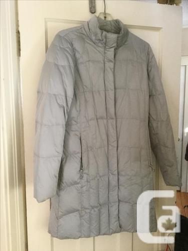 Eddie Bauer silver Lodge down parka coat ladies small