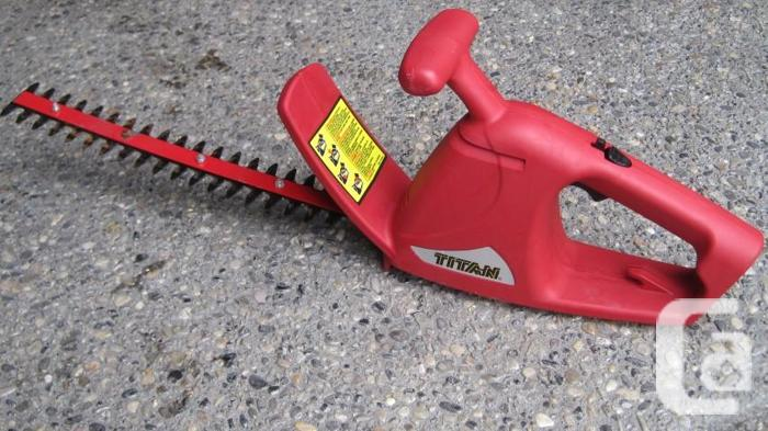 Electric Hedge Trimmer ~ 14 inches