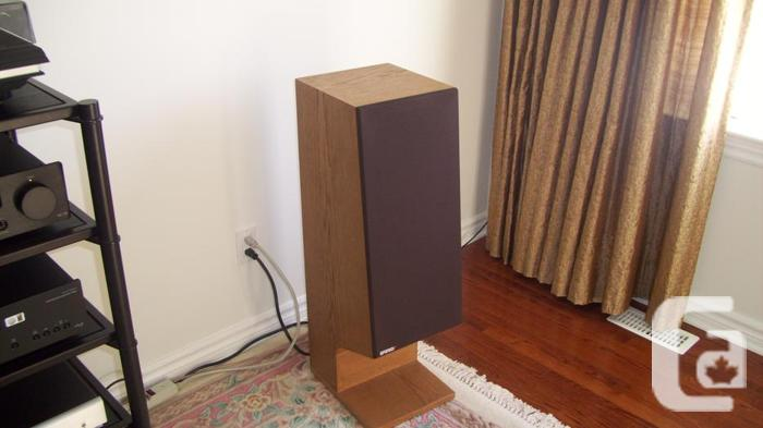Energy Reference Connoisseur Floor-standing Speakers