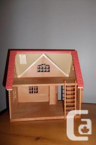 Epoch vintage Sylvania family doll house w Playmobile