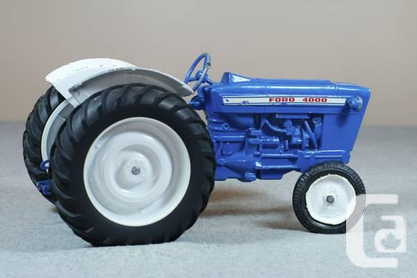 Ford 4000 Plow : Ertl ford diecast tractor set for sale in vancouver