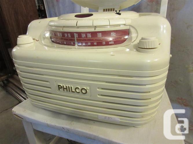 ESTATE PHILCO RADIO / DISC PLAYER