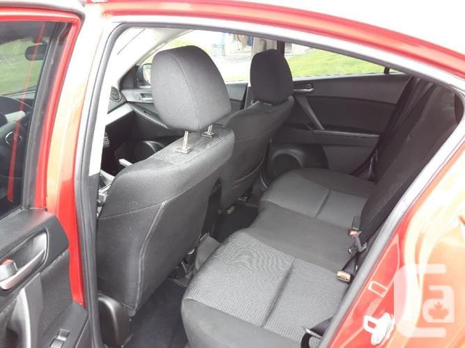 Excellent condition! 2013 Mazda 3