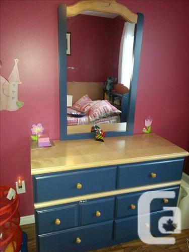 excellent condition twin bed + dresser + night table
