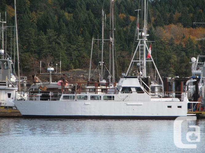 Exemplary Liveaboard, 50ft Incredible Material Cruiser