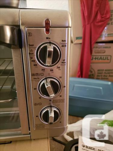 Extra wide convection countertop oven