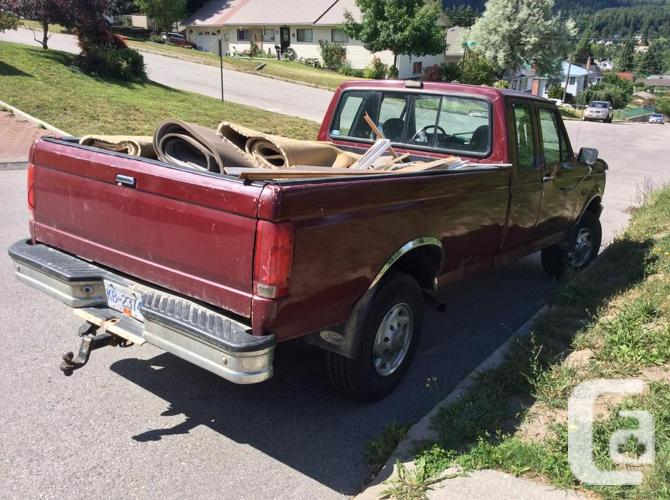F250 Heavy Duty Ford Pick-up Truck