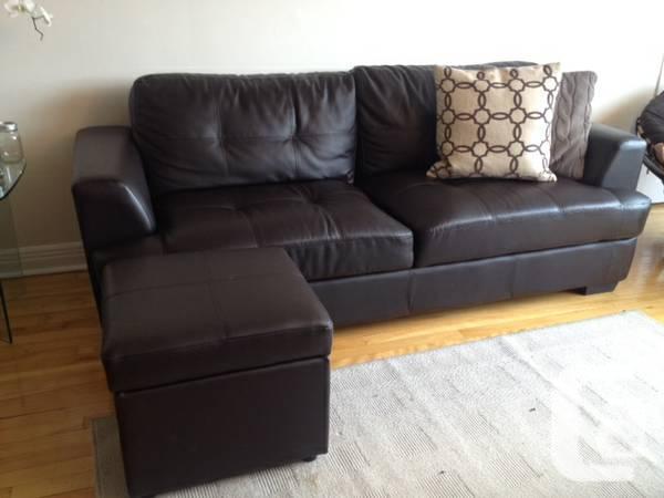 Faux Leather Sofa t/ Ottoman - 0