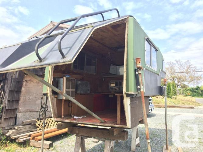 Fiberglass Camper Shell in Nanaimo, British Columbia for sale