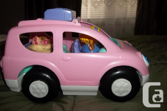 Fisher-Price Little People Pink SUV Van with Mom Baby