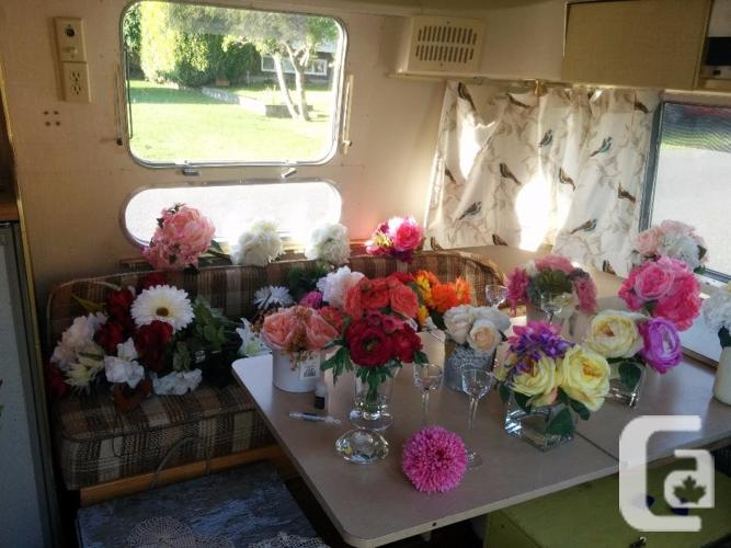 FOR RENT - Vintage Airstream Wedding in a can
