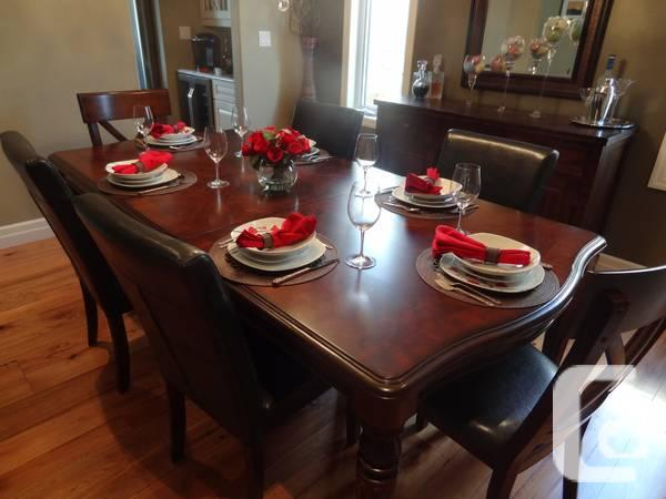 Formal Dining Room Set Moving Sale 1 Year Old For Sale In Kitchener On