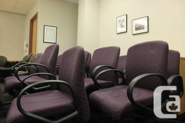 FREE 15 workplace/panel space seats!