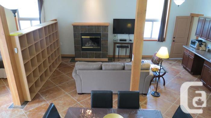 FURNISHED 1100 sq ft. 1 or 2  BEDROOM SUITE.