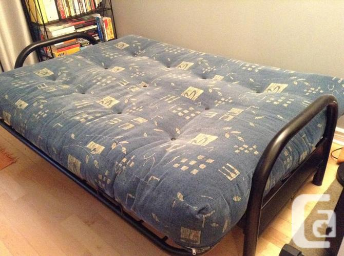 Futon Couch Hide A Bed Fauteuil For Sale For Sale In Lachine Quebec Classifieds