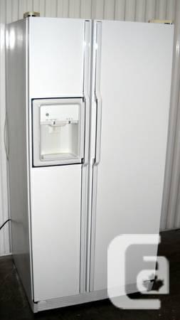 GE Double Door Fridge - Excellent Condition, Very