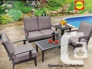 Gemma Chatting Set on sale at D.O.T - $1312