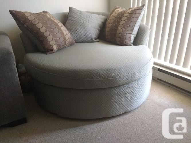 Gently Used Pale Green Cuddler/love Seat, St Catharines