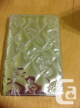 ae40628fb5 Genuine Chanel Happy Charm Passport owner  tackle Guide - for sale ...