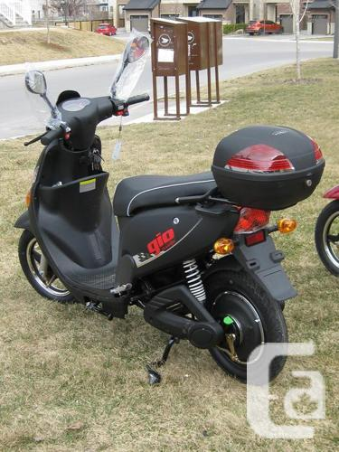 GIO ELECTRIC SCOOTER BRAND NEW KANATA