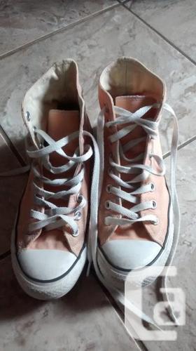 Girls Allstar Converse Sneakers - Size 8.5