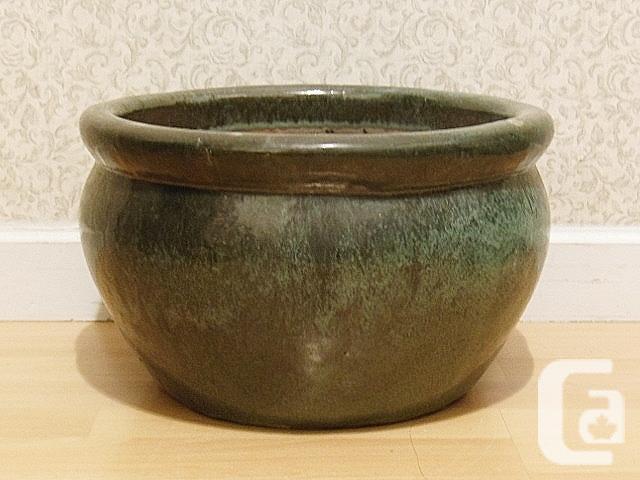 """Glazed Ceremic Pottery Plant Pot - 13.5""""x8.25"""""""
