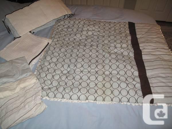 Gluckstein Crib Bedding for Baby Boy - $50