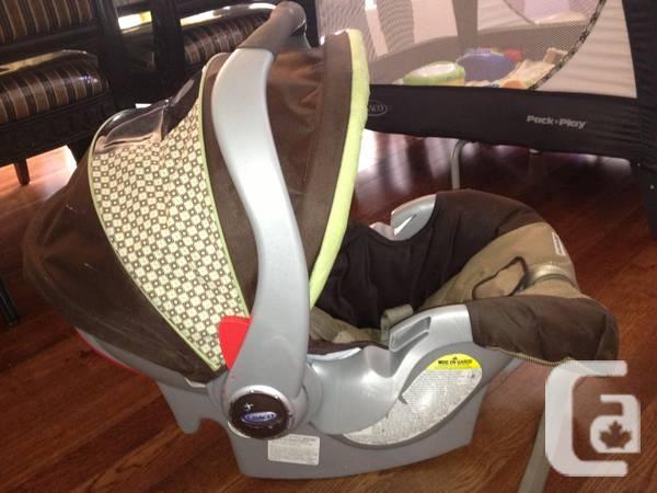 Graco SnugRide 32 Infant Car Seat Zurich - $50