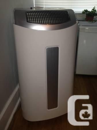 Gree 10,000 BTU Air Conditioner / Heater / Dehumidifier