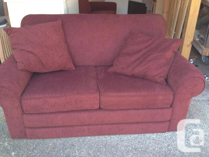 High quality la z boy couch and love seat for sale in for Furniture victoria bc