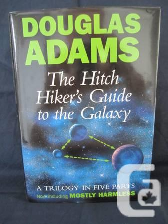 Hitch Hiker's Guide to the Galaxy : A Trilogy in Five