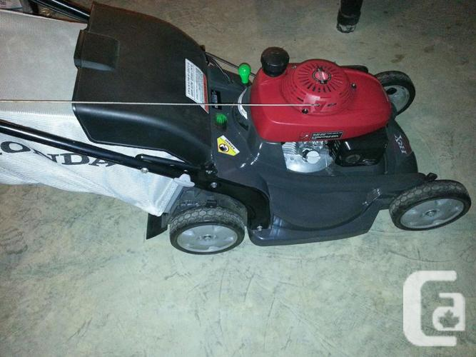 Honda Premium Residential HRX Series Lawnmower