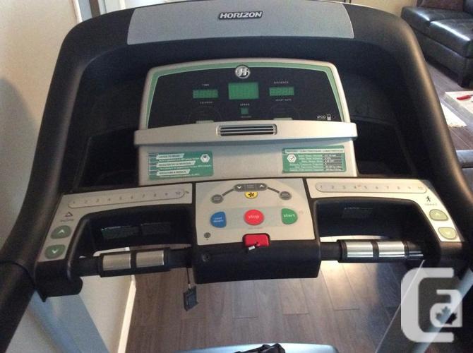 Horizon Treadmill w/ all the extras